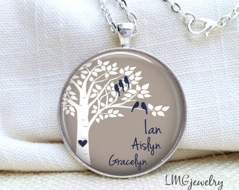 Mother Necklace, Personalized Family Tree Necklace, Bird Necklace, Mom Necklace, Name Necklace
