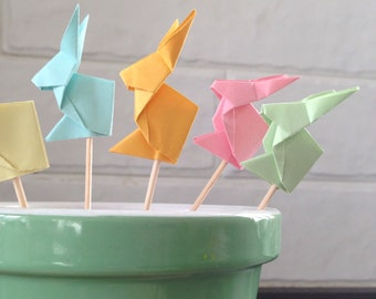 Set of 12 origami Bunny / Cupcake Toppers / Easter Decoration