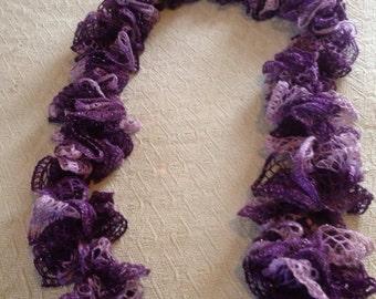 Ruffle sashsay yarn scarf
