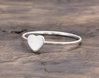 925 stering silver tiny flat heart simple band ring (R_00011)