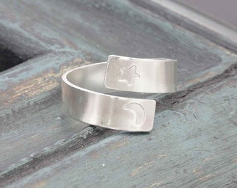 925 sterling silver smooth crescent moon and star wrap ring (PR_00025)