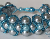 Beadwoven Right Angle Weave Bracelet