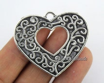 5 Pcs,Heart Antique Silver Charms,Tibetan Silver Pendant Charm,Heart Charms,filigree findings,Jewelry Findings,DIY Accessories--BF331
