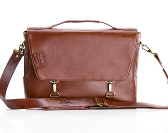 The 1826 - Handmade Leather Messenger Bag / briefcase / carry on /  Laptop / Shoulder bag / Mac book / iPad / iPhone / Professional