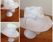 Vintage white crochet flexible boho beach hat