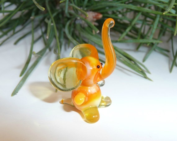 art glass miniature elephant figurine glass figurine elephant glass figure a symbol of luck mini elephant orange Dollhouse Miniature