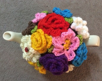 Tea cosy for a medium or large teapot (4 to 6) cups cozy handmade crochet teapot cover