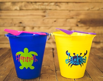 10 Personalized Beach Buckets with Shovel. Boy and girls beach buckets. Beach Pails. Buckets with name, logos, or monogram.