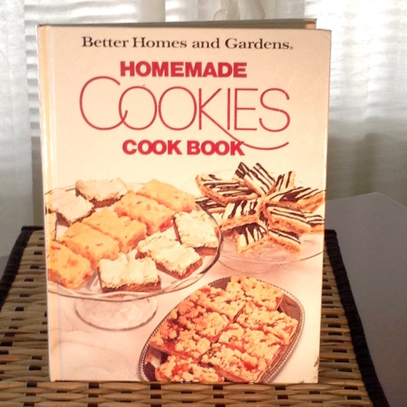 Homemade Cookies Cook Book Published In 1985 By