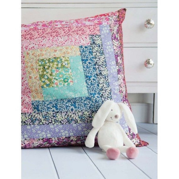 Rosie Patchwork Floor Cushion Sewing Pattern Download 803914