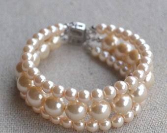 pearl bracelet,3 strands pearl bracelet, champagne  pearl  bracelet,bridesmaids bracelet,glass pearls bracelet,wedding pearl bracelets