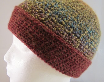 Hat-Unisex ideal for the cold winter days & enjoying the great outdoors.Crochet in the Pacific Northwest by a gal who loves the outdoors too