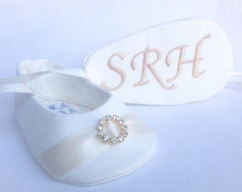 IVORY or WHITE Personalized With Gold Embroidery Baby Girl Baptism Shoes, FREE Personalization, Wedding Shoes Christening Shoes
