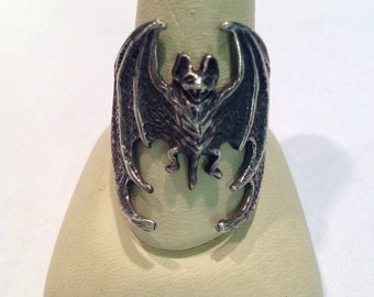 Vintage Sterling Silver Size 10 1/2 Bat Ring