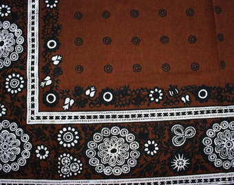 Lovely large 60s vintage tablecloth. Brown with delightful floral retro pattern. Made by Finlayson, Finland.