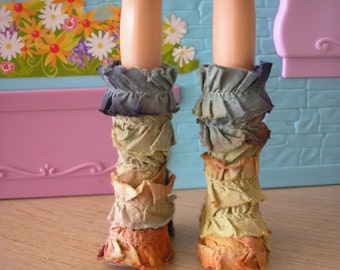 Ooak darling multi-colored, ruffled boots for Blythe, Pullip, my scene, barbie doll.