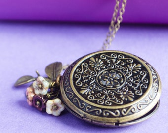 Spring Morning Locket, Vintage Brass Locket Necklace, Secret Locket, Antique Locket, Gift for Her, Equestrian