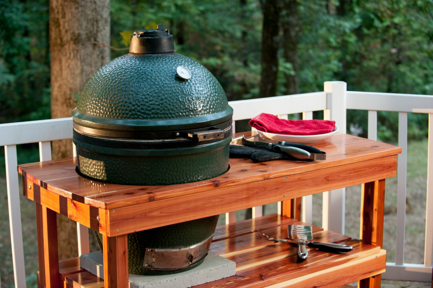 big green egg table fast shipping long table for large. Black Bedroom Furniture Sets. Home Design Ideas