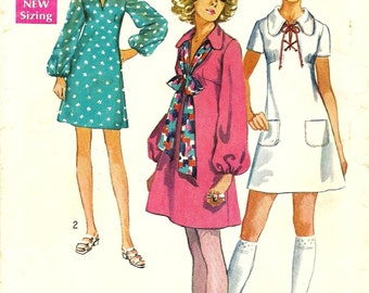 Mod Minidress. SIMPLICITY Sewing Pattern 8805. Size 11/12.  A-line dress with shaped bodice, two lengths, two sleeves, details. Vintage.