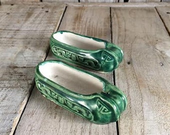 Mini Shoes - Antique Ashtrays - Green Shoe Ashtray Set - Vintage Ashtrays - Little Ashtray - Green Ashtray - Miniature Shoes - Cute Ashtrays