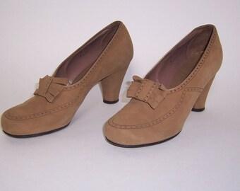 Tan Suede 1940 Women's Shoes