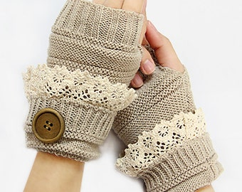Cute Fingerless Buttoned Gloves