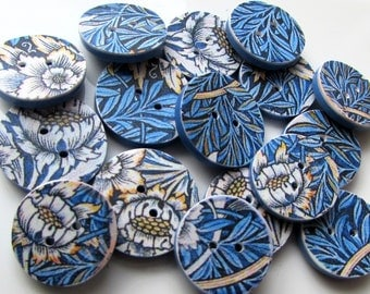 William Morris handmade buttons 'Tulip and Willow'