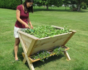 """The """"Wedgetable"""" Raised Planter **Free Shipping US48**"""