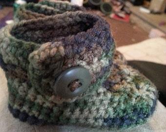 Crochet Camo Booties
