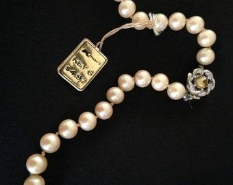 Vintage 18 inch Faux Pearl Necklace w Original Tag M387-4