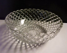 """Clear Glass Serving Berry Bowl 8 1/2"""" - Anchor Hocking - Waterford Pattern"""