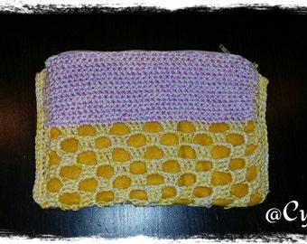 Crochet dressing case with zipper