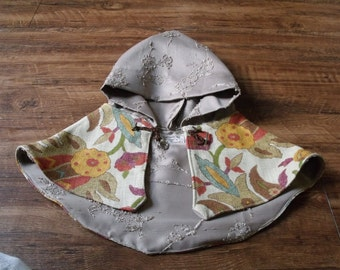 Fall Floral Printed Hooded Cloak with Champagne Lining
