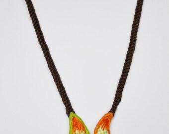 """Delirium cashmere collection - necklace stapling """"Comma"""""""