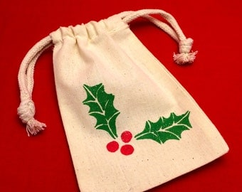 Reusable Holiday Gift Bag/ Holiday Favor Bag: Holiday Drawstring Holly Favor Bags, Holly Gift Bag