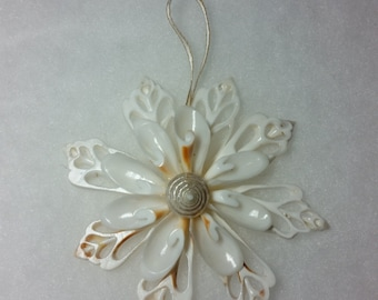 All White Seashell Snowflake Christmas Ornament, Seashell Ornament, Seashell Snowflake, Chula Snowflake, Coastal Christmas Ornament