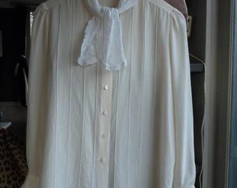 Louis FERAUD blouse silk vintage-size 38FR
