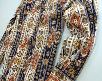 Mod paisley Turkish Moroccan blouse / 60's hipster wide collar career blouse