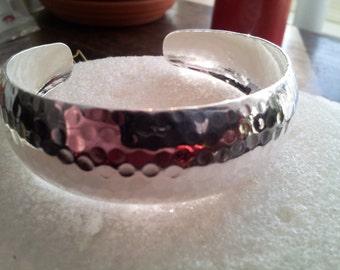 FLASH SALE Vintage Ladies Bangle Bracelet Hammered .925 Sterling Silver Cuff Marked