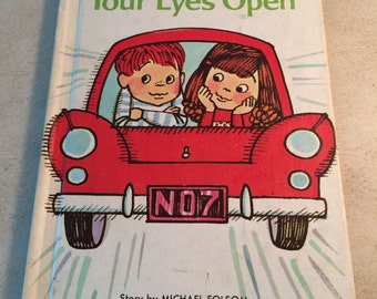 "Wonder Books Easy Reader - ""Keep Your Eyes Open"""