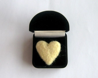 10 White Felt Hearts of Merino Wool Felt, White Wool Felted Hearts, love hearts 30-40mm, Handmade Hearts, Craft Supply, Felt Beads