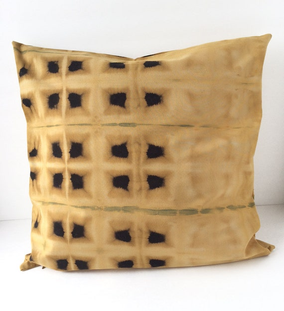 Decorative Pillows Black And Gold : 20% OFF SALE / Black and gold decorative pillow / Shibori
