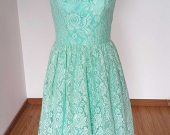 2015 Scoop Mint Lace Short Bridesmaid Dress with Back Buttons