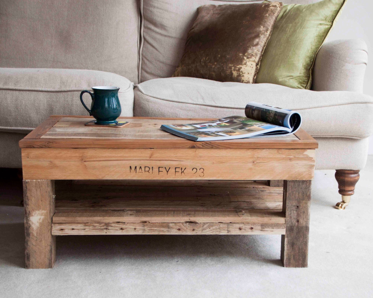 Rustic coffee table handmade pallet furniture Unique rustic coffee tables