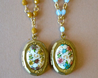 Vintage Glass Floral Cameo Brass Beaded Lockets, Retro Floral Cameo Gold Lockets