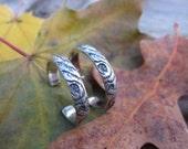 thin WOODGRAIN 1 inch hoop earrings sterling silver post studs
