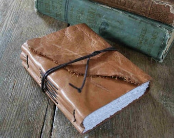 "Leather Journal - ""I write to discover what I know."" - Flannery O'Connor . honey brown / tan (320pgs)"