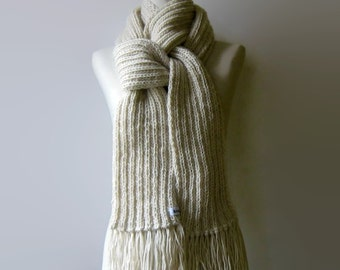 Scarf for Men, Ivory White Scarf, Hand Knit Scarves, Womens Scarves, Wool Scarf, Winter Scarf, Natural White Scarf, Chunky Knit Scarf