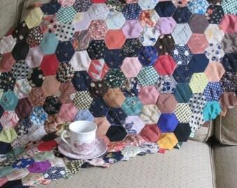 Vintage Hexagon Tie Quilt (3716-W)