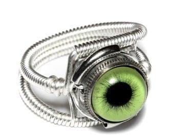 Eyeball ring, Green Eye, Silver Finish, Steampunk ring, Catherinette Rings
